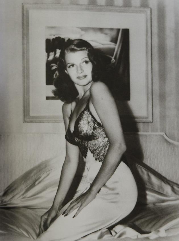 Rita-Hayworth-Bob-Landry-19411